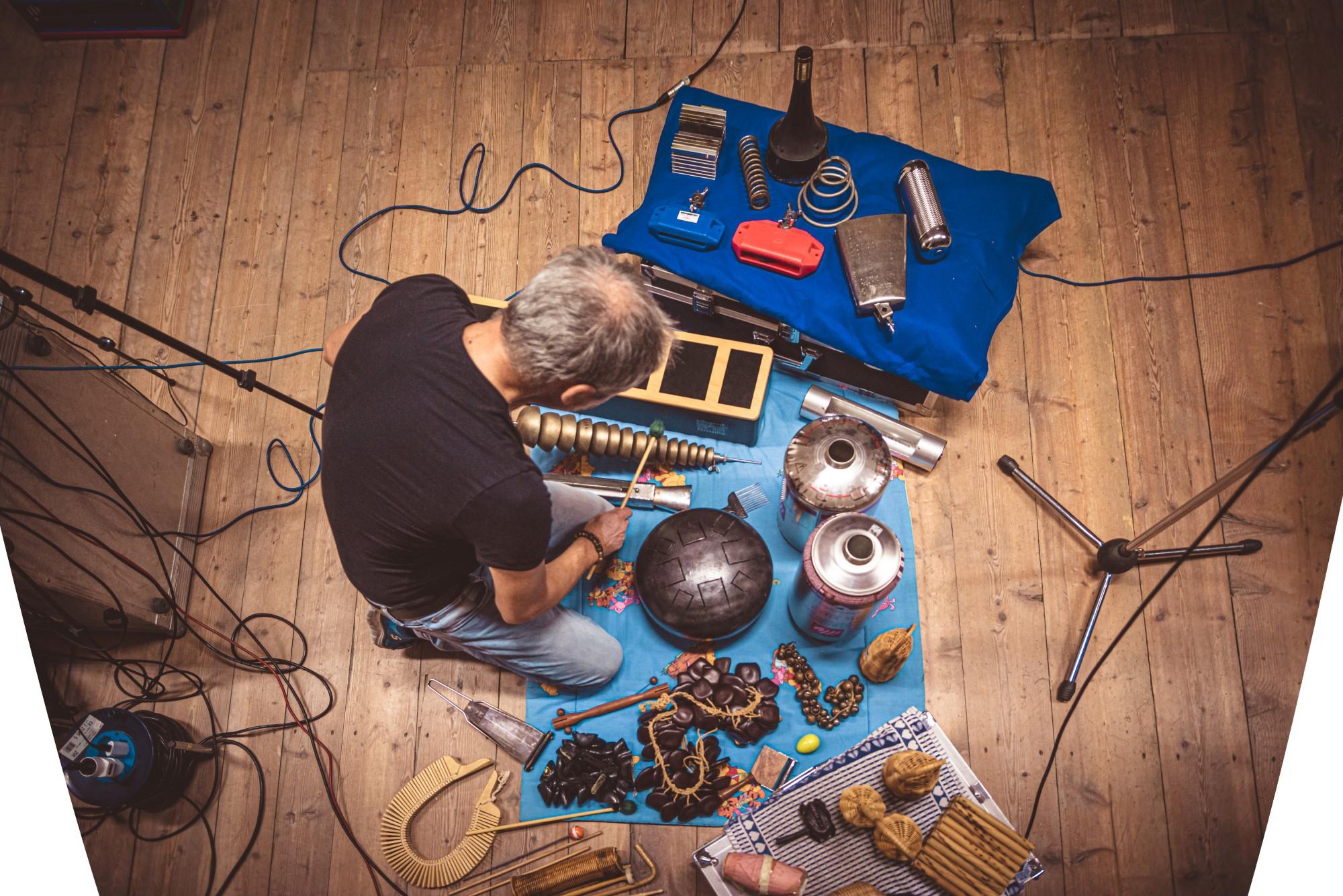 DSC 8721 - Loft and music