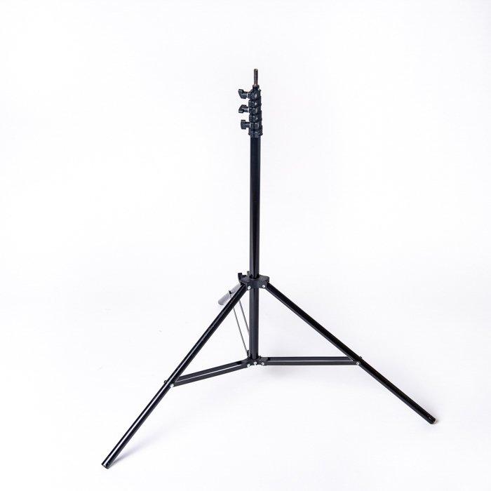 infinity cove lightstand - 10 consigli per scattare foto di prodotti Amazon professionali a casa!  blog