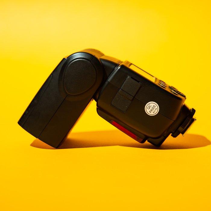 studio photography speedlight - Fotografia in studio per principianti (tutto ciò che devi sapere!)  blog